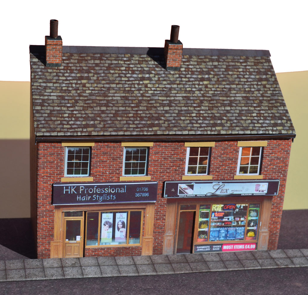 Low Relief Modern Shops OO / 1:76 Scale Card Kit